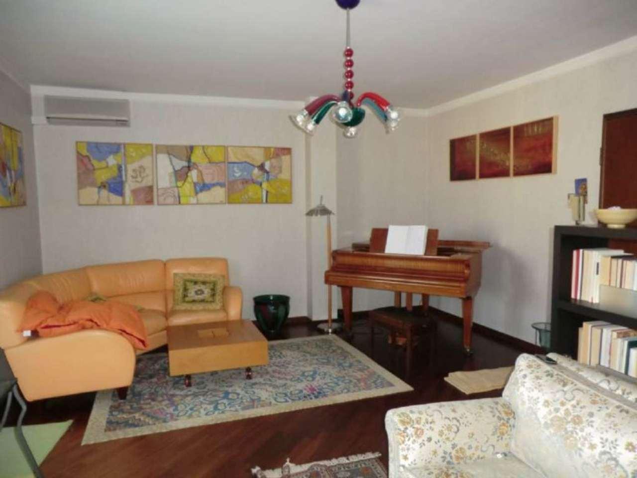 Attico / Mansarda in vendita a Sassari, 7 locali, prezzo € 525.000 | Cambio Casa.it