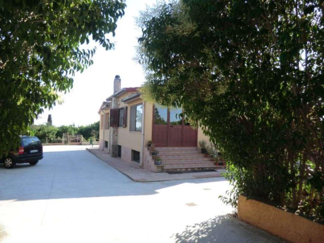 Soluzione Indipendente in vendita a Sassari, 9999 locali, prezzo € 600.000 | Cambio Casa.it