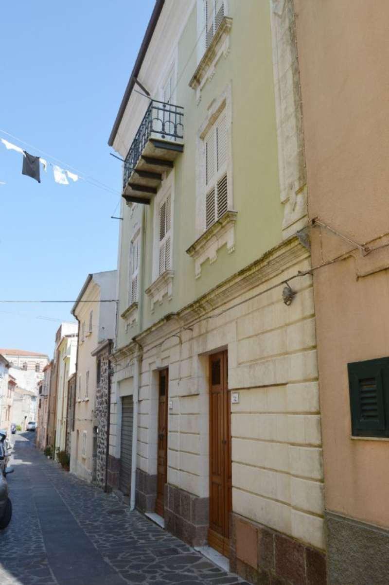Soluzione Indipendente in vendita a Villanova Monteleone, 6 locali, prezzo € 100.000 | Cambio Casa.it