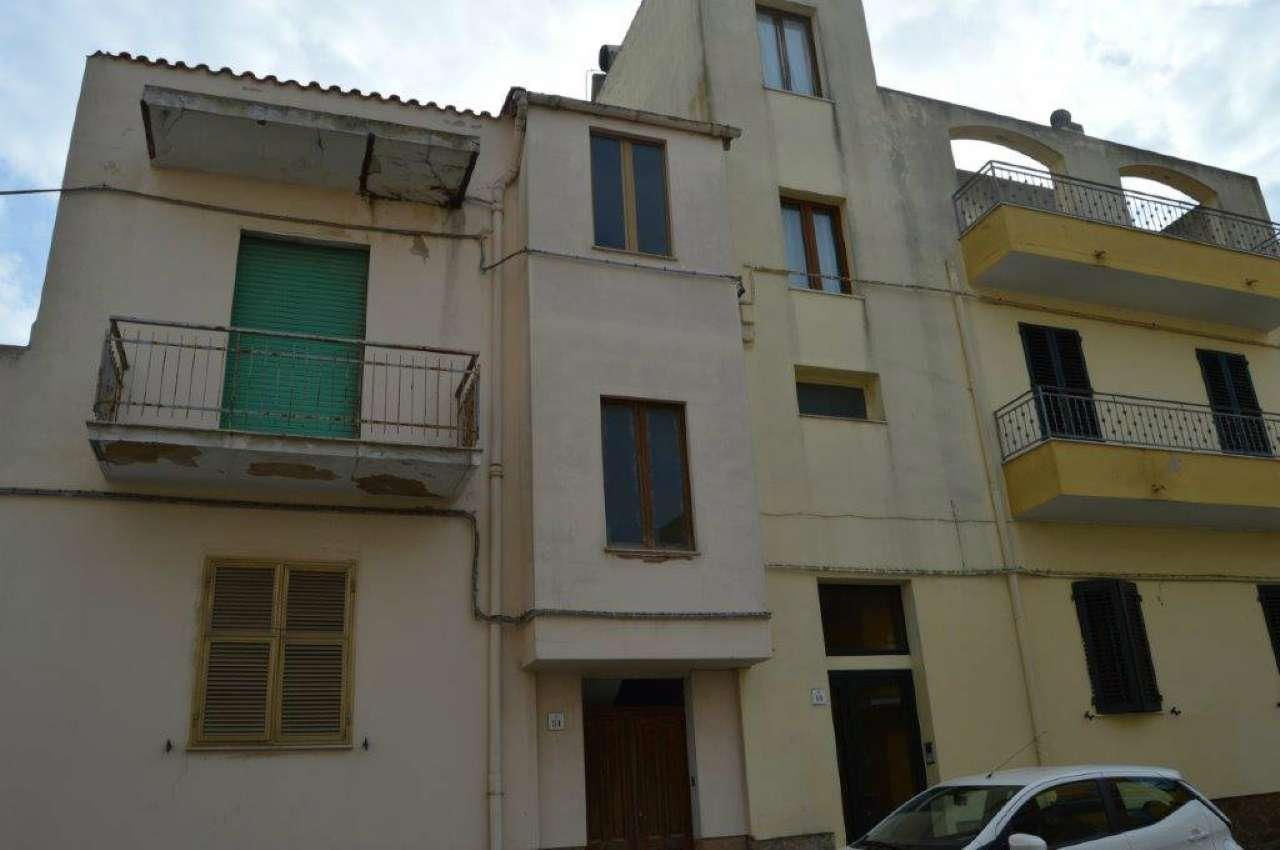 Soluzione Indipendente in vendita a Alghero, 8 locali, prezzo € 250.000 | Cambio Casa.it