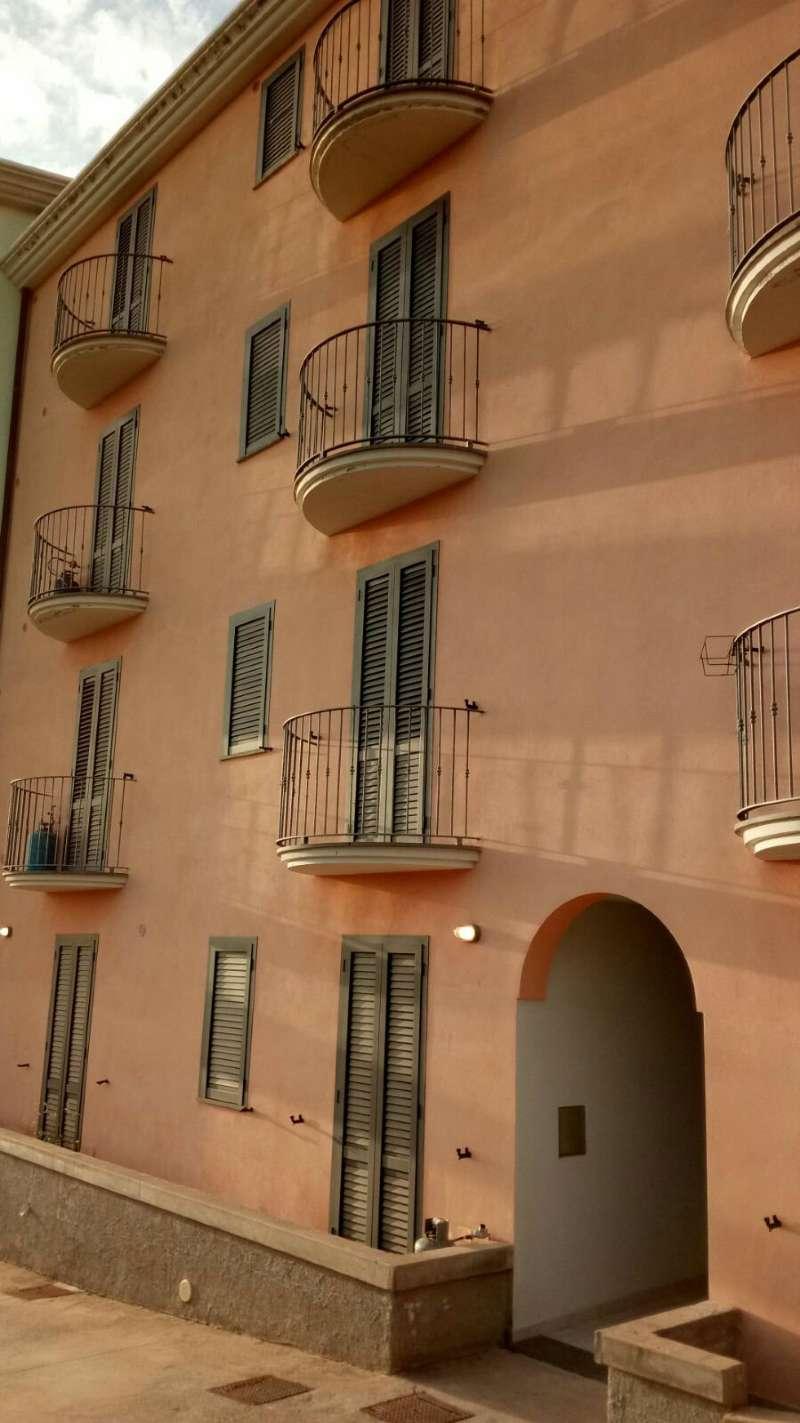 Appartamento in vendita a Bosa, 2 locali, prezzo € 90.000 | CambioCasa.it