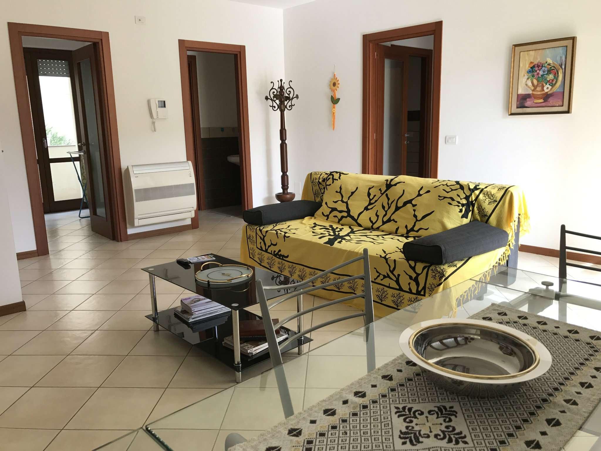 Appartamento in vendita a Alghero, 5 locali, prezzo € 245.000 | Cambio Casa.it
