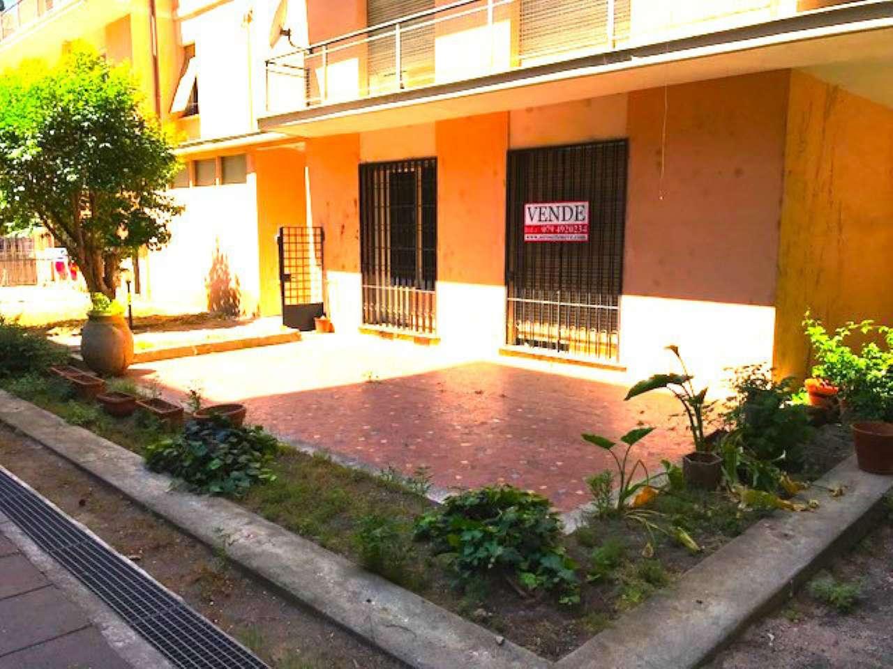 Appartamento in vendita a Sassari, 7 locali, prezzo € 169.000 | CambioCasa.it