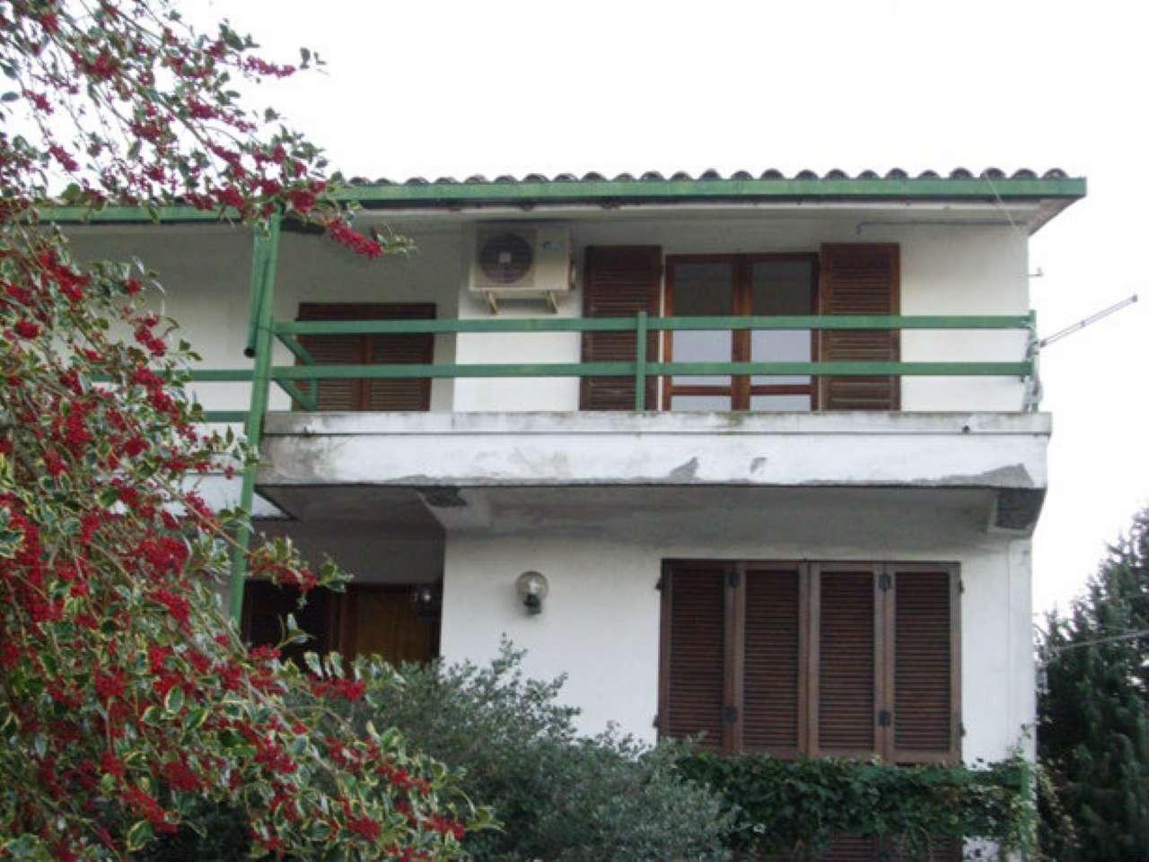 Appartamento in vendita a Aggius, 5 locali, prezzo € 70.000 | CambioCasa.it