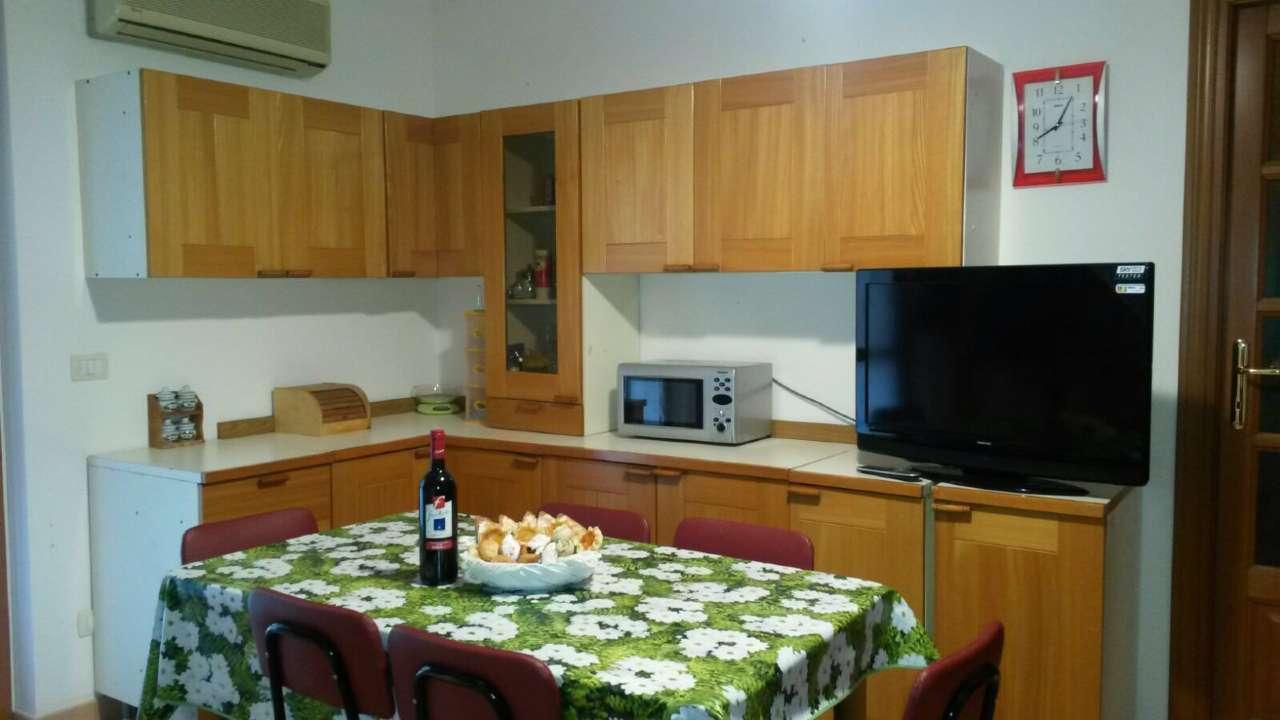 Appartamento in affitto a Alghero, 2 locali, prezzo € 500 | CambioCasa.it