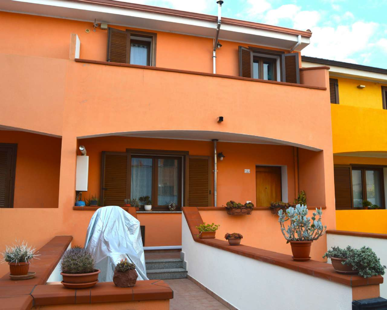 Appartamento in vendita a Ossi, 6 locali, prezzo € 169.000   CambioCasa.it