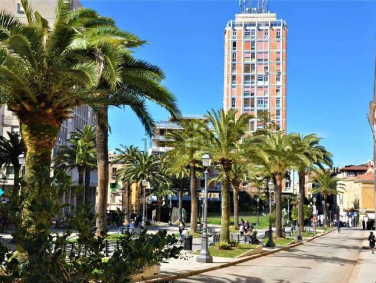 Appartamento in vendita a Sassari, 5 locali, prezzo € 90.000 | CambioCasa.it