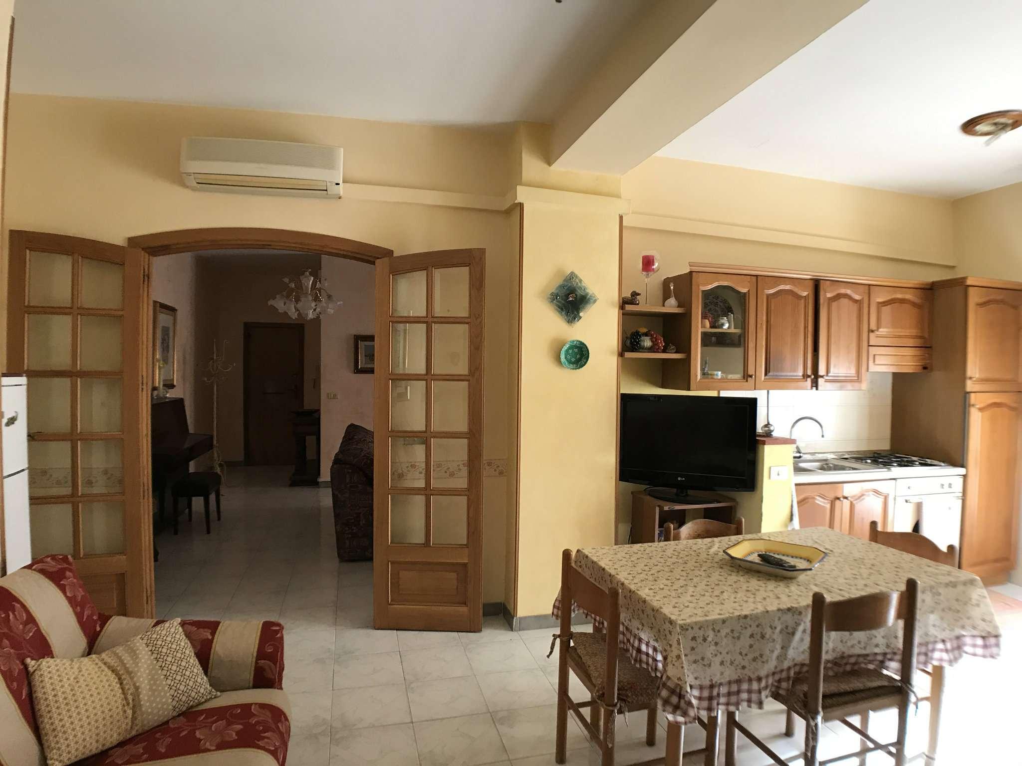 Appartamento in affitto a Alghero, 4 locali, prezzo € 450 | CambioCasa.it