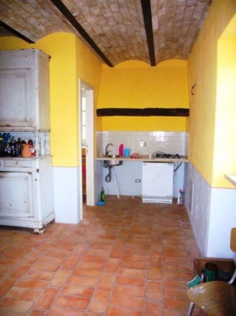 Rustico / Casale in vendita a Fiumicino, 6 locali, Trattative riservate | CambioCasa.it
