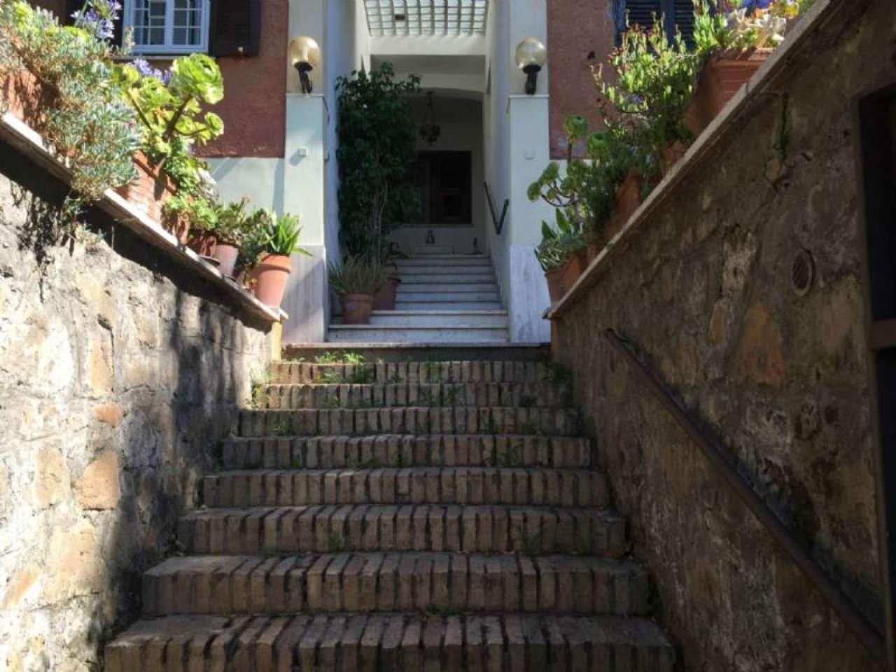 Soluzione Indipendente in vendita a Roma, 5 locali, zona Zona: 23 . Portuense - Magliana, prezzo € 310.000 | Cambio Casa.it