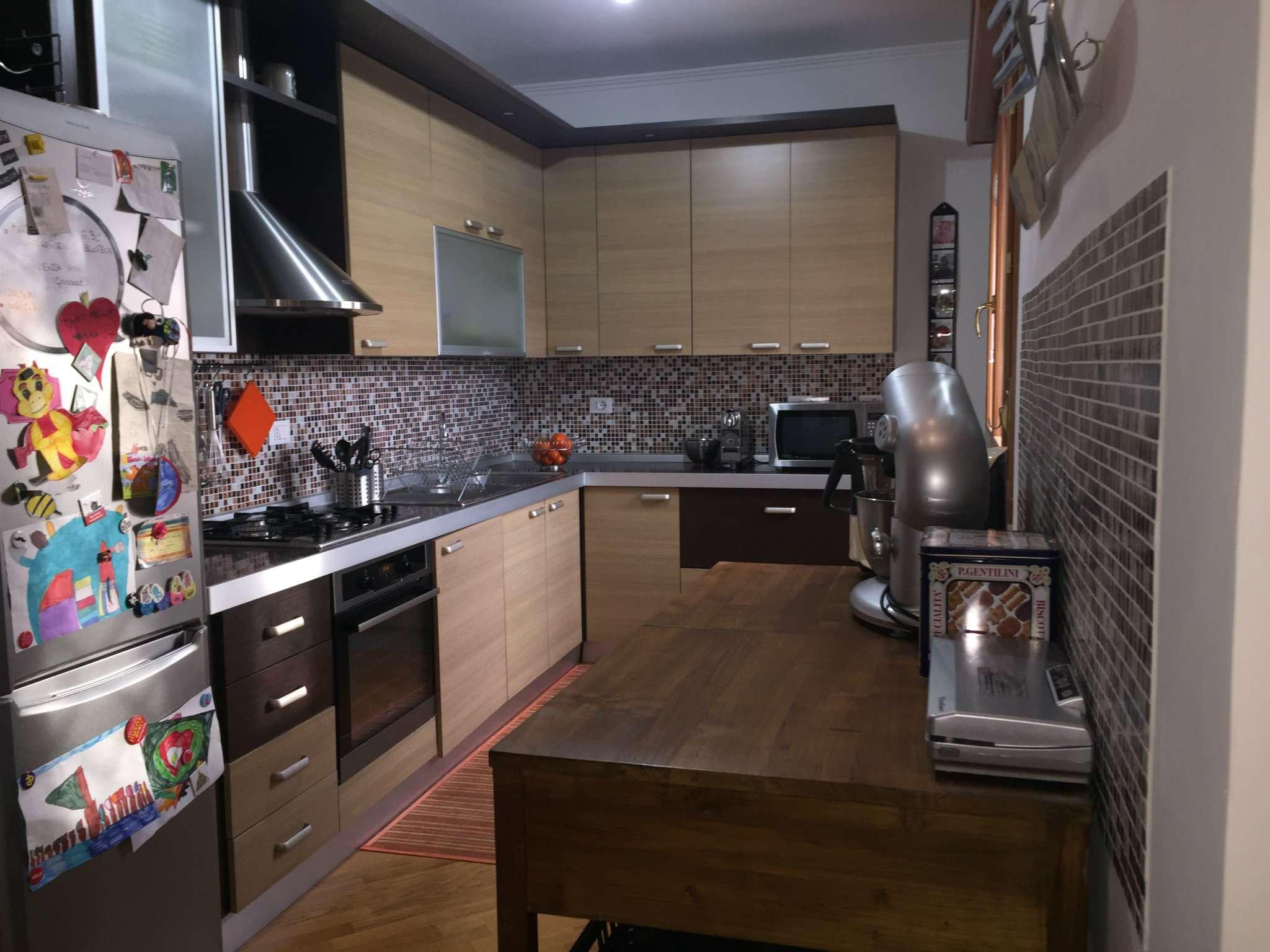 Attico / Mansarda in affitto a Roma, 3 locali, zona Zona: 24 . Gianicolense - Colli Portuensi - Monteverde, prezzo € 1.100 | Cambio Casa.it