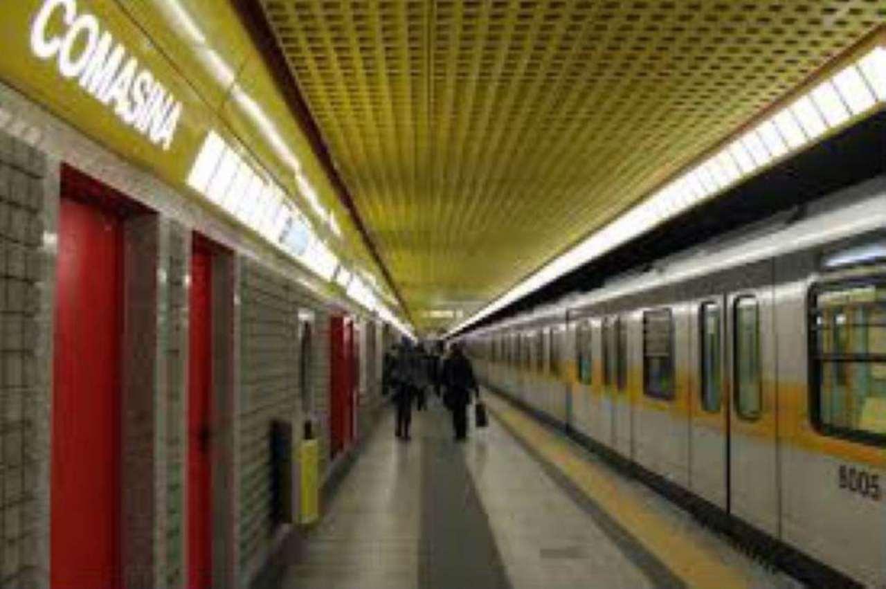 Bilocale Milano Via Via Comasina 7