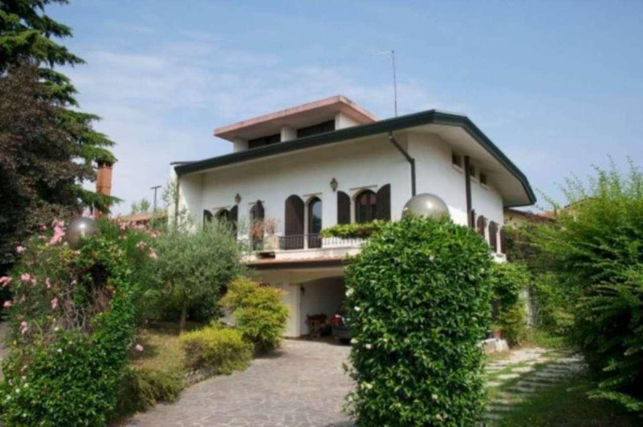 Villa in vendita a Musile di Piave, 6 locali, prezzo € 390.000 | Cambio Casa.it