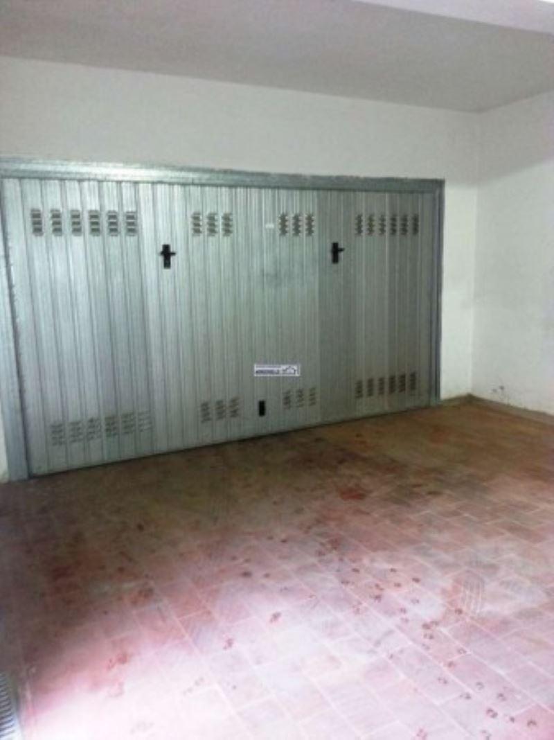 Box / Garage in vendita a Firenze, 1 locali, zona Zona: 11 . Viali, prezzo € 90.000 | Cambio Casa.it