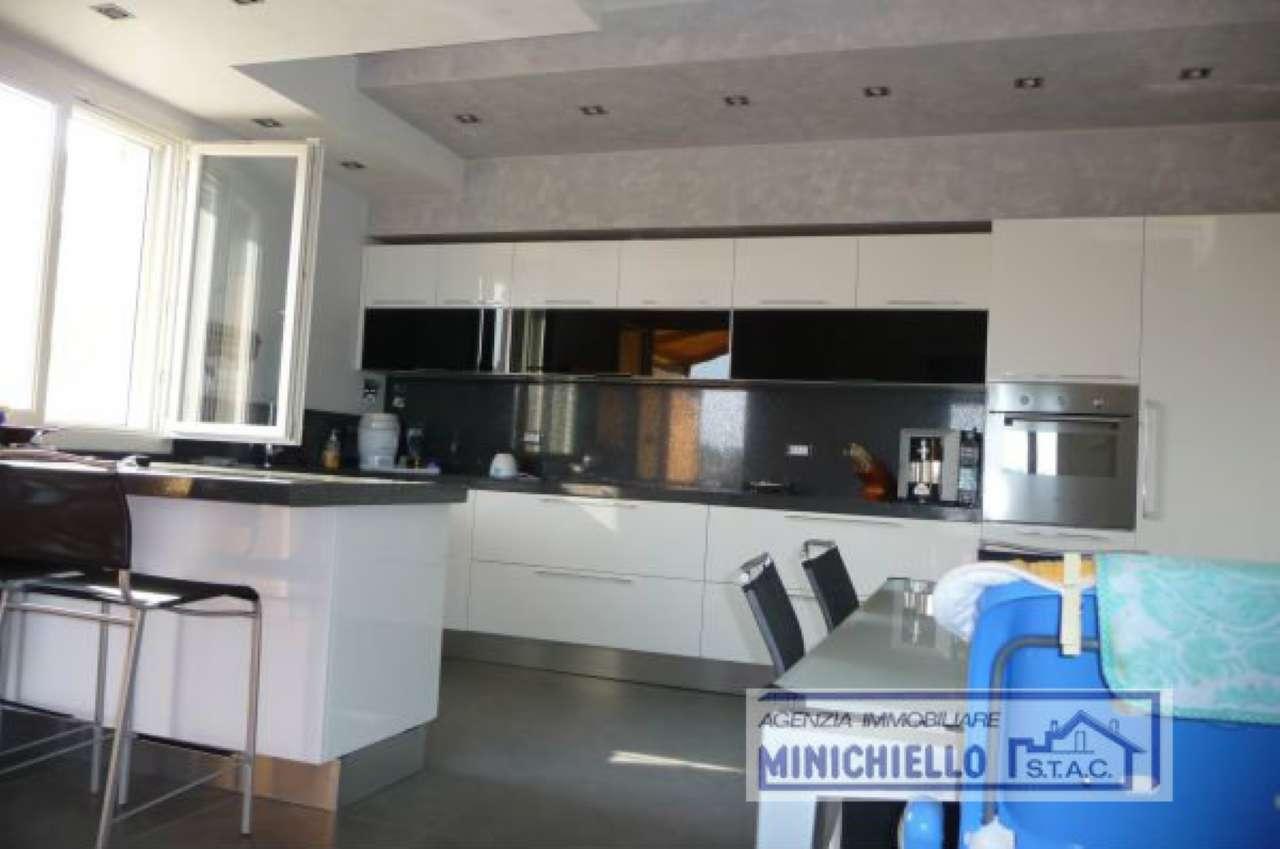 Attico / Mansarda in affitto a Impruneta, 6 locali, prezzo € 1.350 | CambioCasa.it