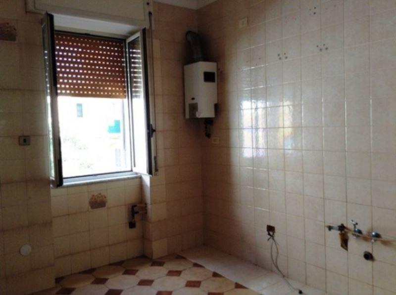 Appartamento in affitto a Torre Annunziata, 2 locali, prezzo € 400 | Cambio Casa.it