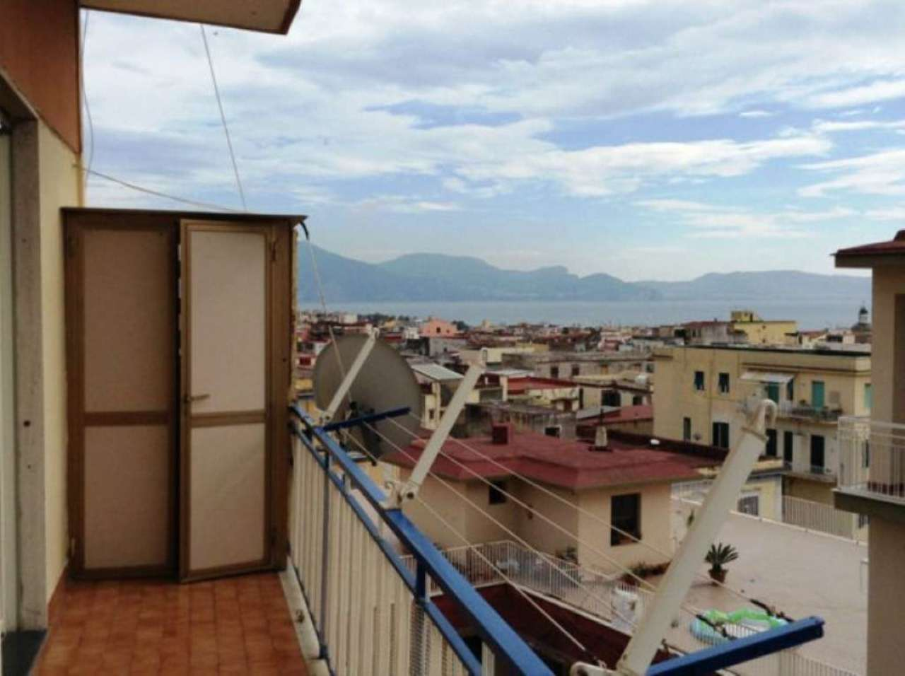 Appartamento in affitto a Torre del Greco, 3 locali, prezzo € 750 | Cambio Casa.it