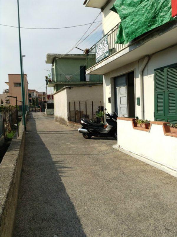 Appartamento in vendita a Torre del Greco, 2 locali, prezzo € 65.000 | Cambio Casa.it