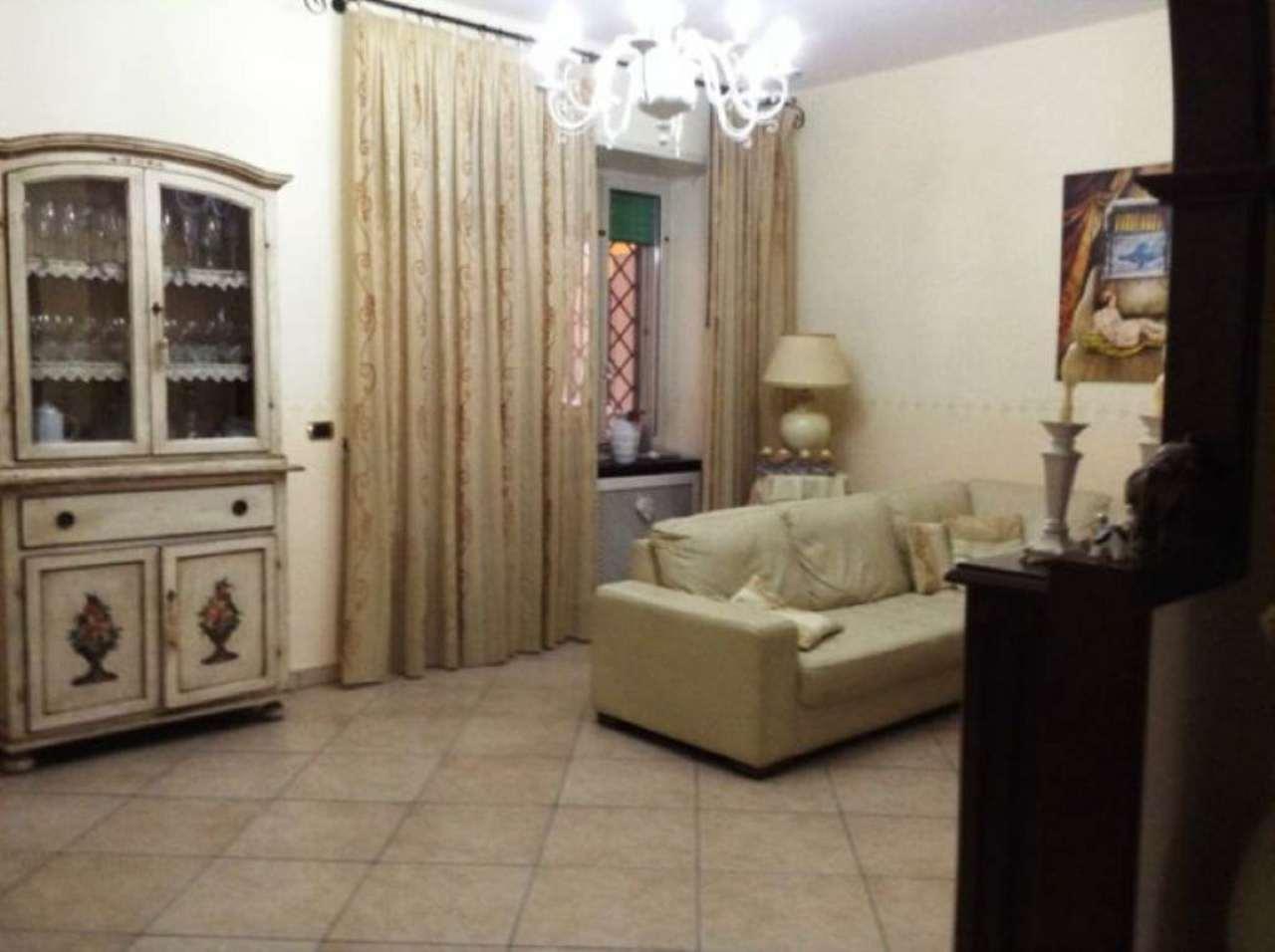 Appartamento in vendita a Torre del Greco, 3 locali, prezzo € 210.000 | Cambio Casa.it