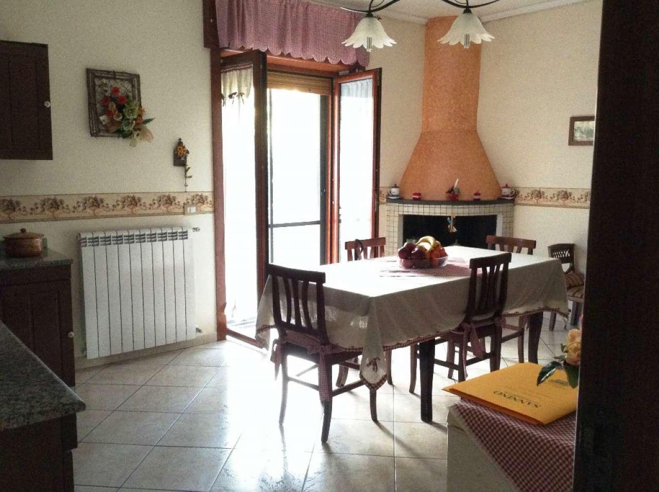 Soluzione Indipendente in vendita a Torre del Greco, 4 locali, prezzo € 205.000 | CambioCasa.it