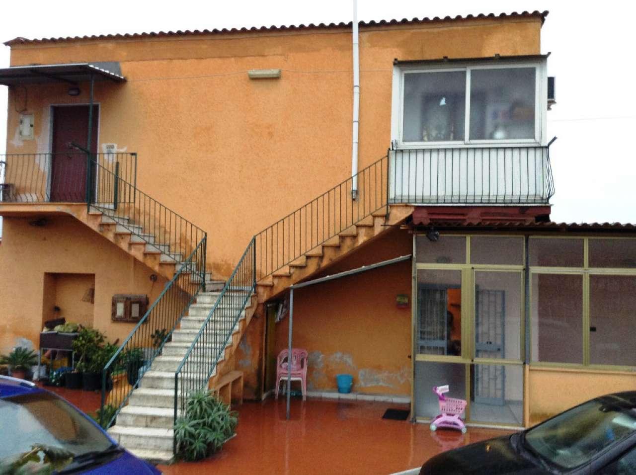 Appartamento in affitto a Torre del Greco, 2 locali, prezzo € 550 | Cambio Casa.it