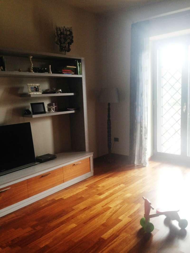 Appartamento in vendita a Torre del Greco, 3 locali, prezzo € 320.000 | Cambio Casa.it