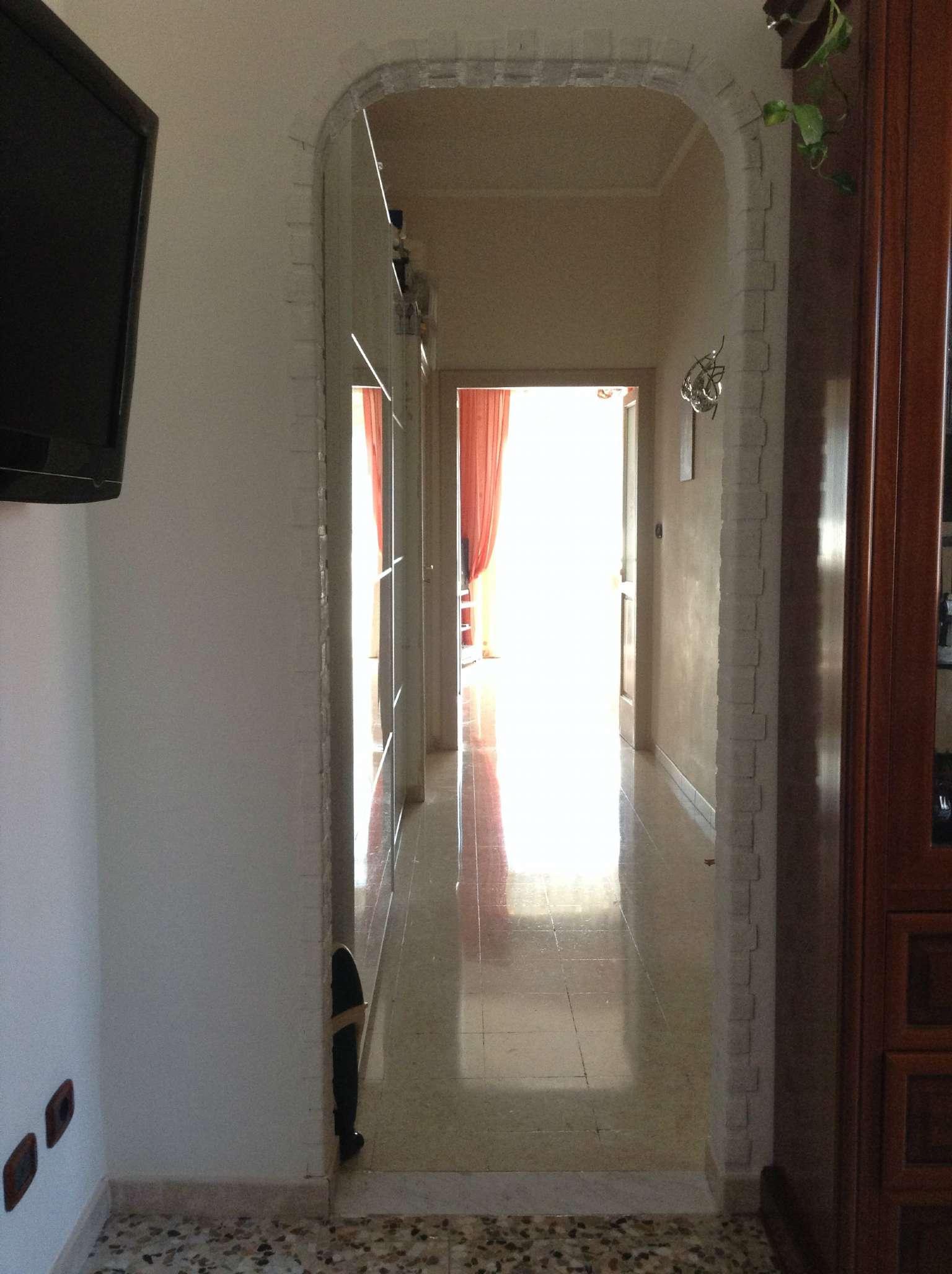 Appartamento in vendita a Torre del Greco, 3 locali, prezzo € 160.000 | CambioCasa.it
