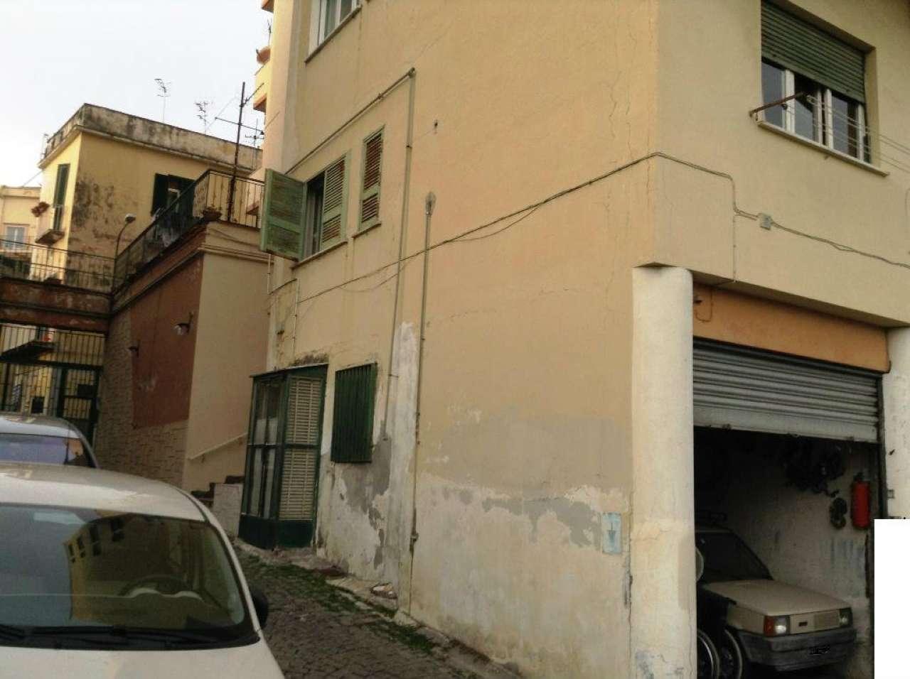 Box / Garage in vendita a Torre del Greco, 1 locali, prezzo € 30.000 | CambioCasa.it