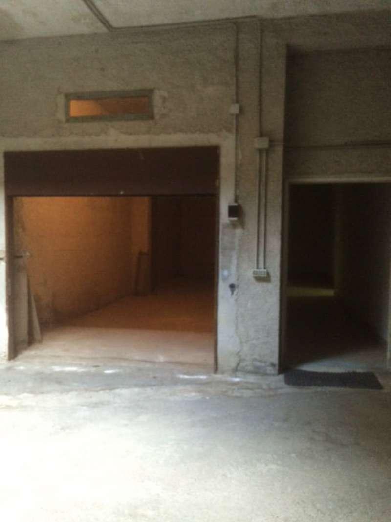 Box / Garage in vendita a Torre del Greco, 1 locali, prezzo € 48.000 | CambioCasa.it