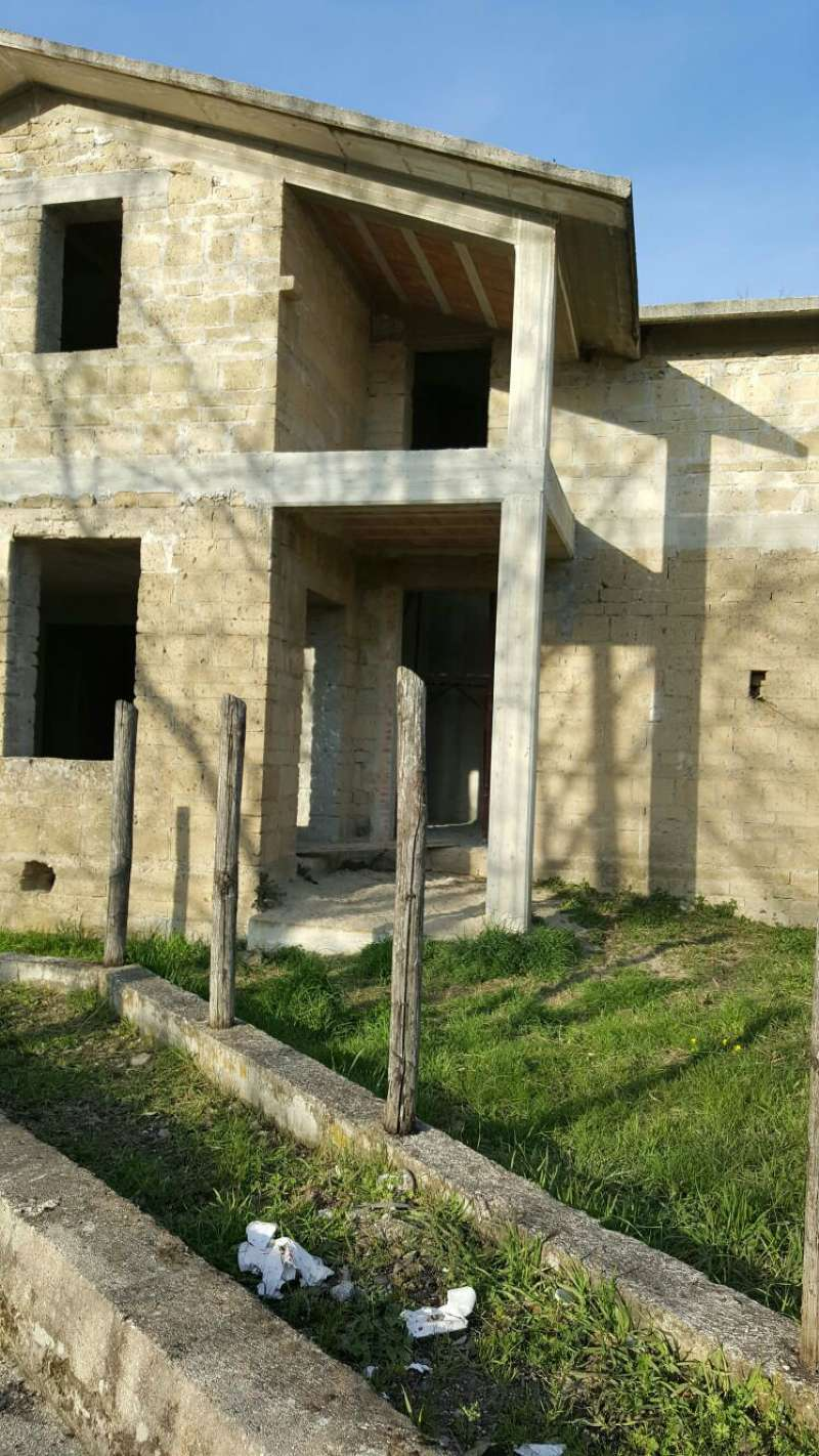 Villa in vendita a San Leucio del Sannio, 5 locali, prezzo € 60.000 | Cambio Casa.it