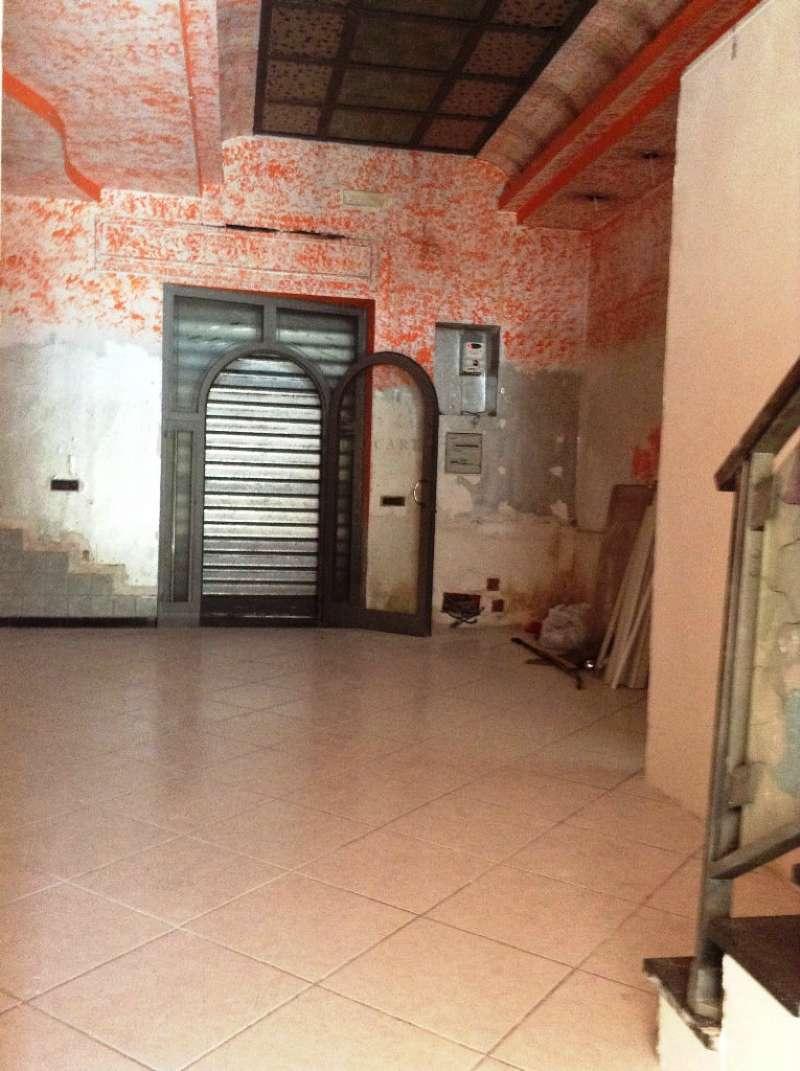 Negozio / Locale in Affitto a Torre del Greco