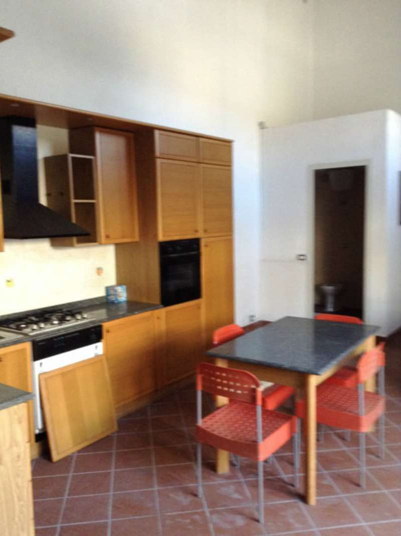 Altro in affitto a Torre del Greco, 1 locali, prezzo € 380   CambioCasa.it