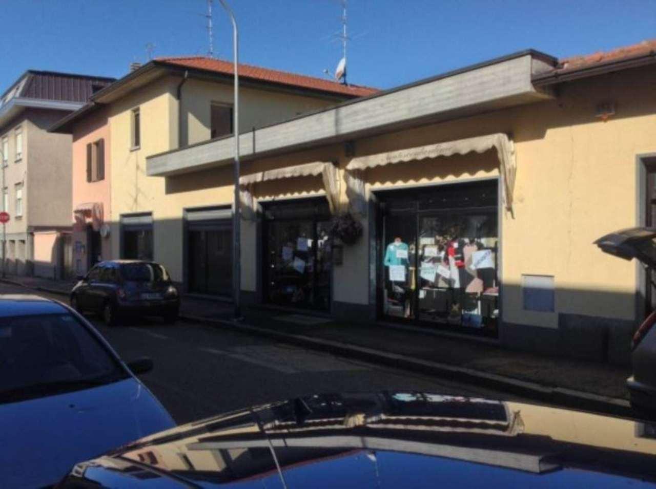 Laboratorio in affitto a Busto Arsizio, 6 locali, prezzo € 1.000 | Cambio Casa.it