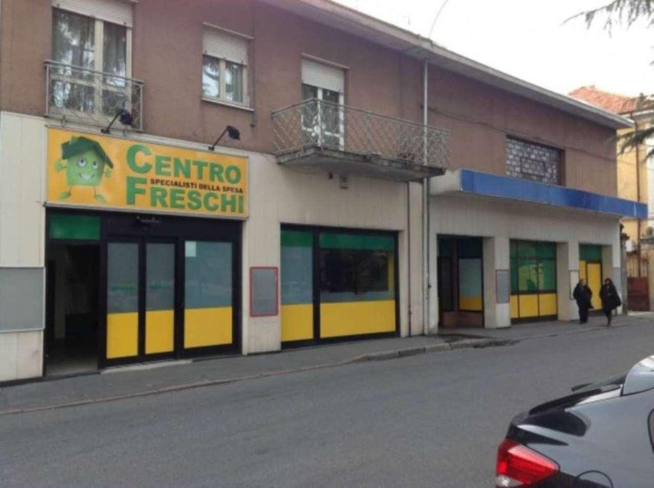 Negozio / Locale in affitto a Cerro Maggiore, 6 locali, prezzo € 50.000 | Cambio Casa.it