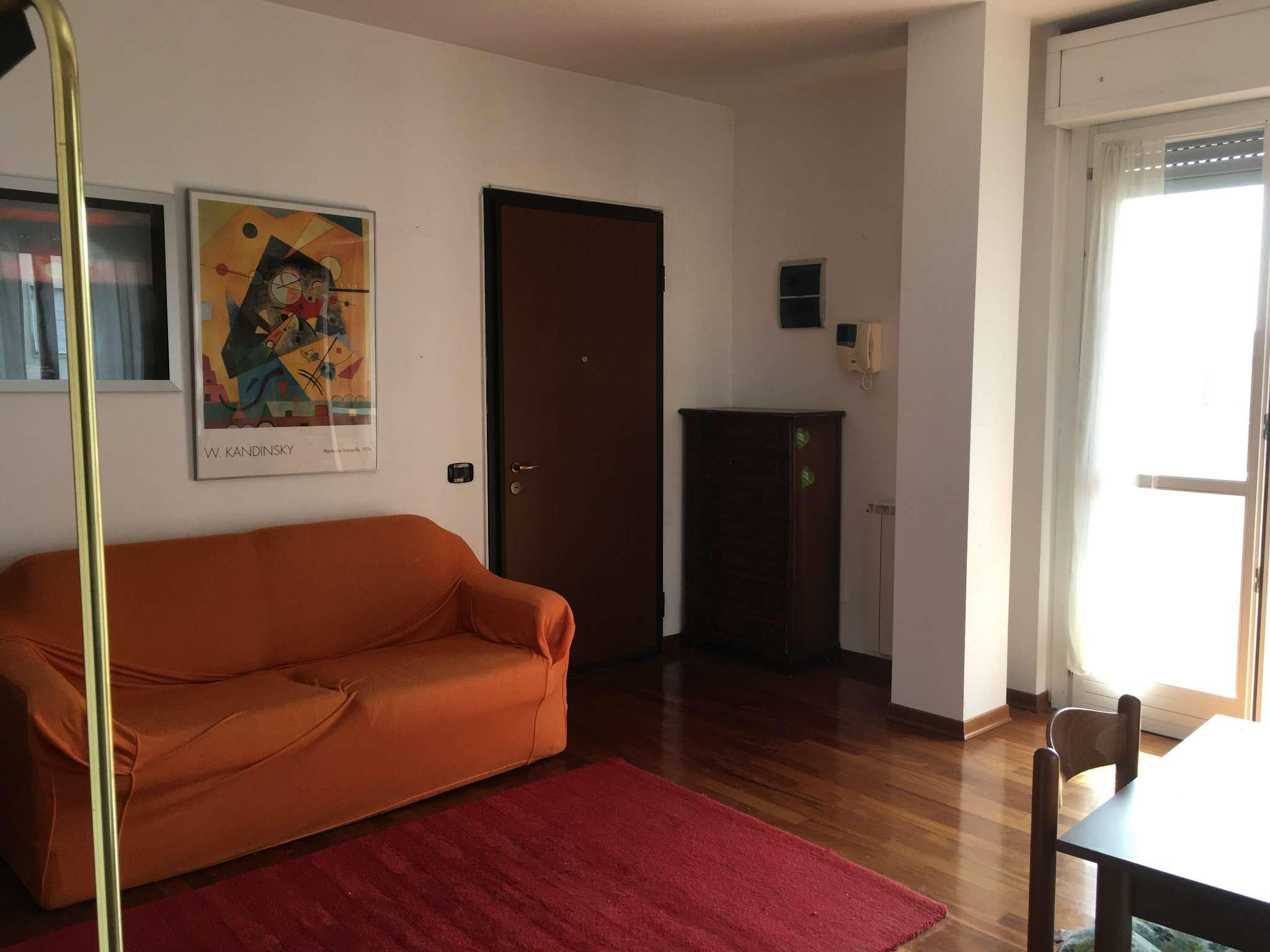 Attico / Mansarda in affitto a Busto Arsizio, 2 locali, prezzo € 600 | CambioCasa.it
