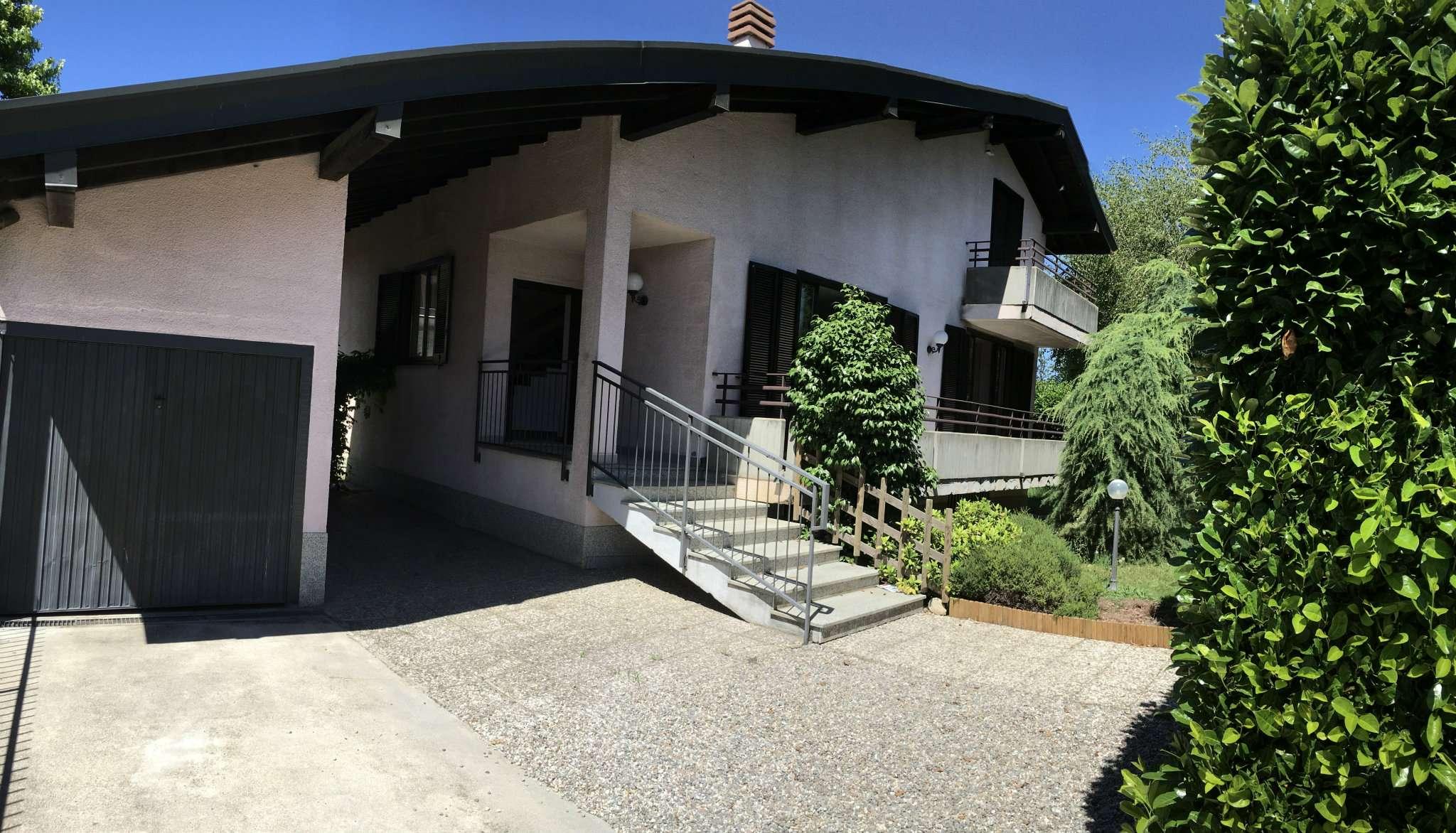 Villa in vendita a Olgiate Olona, 4 locali, prezzo € 375.000   Cambio Casa.it