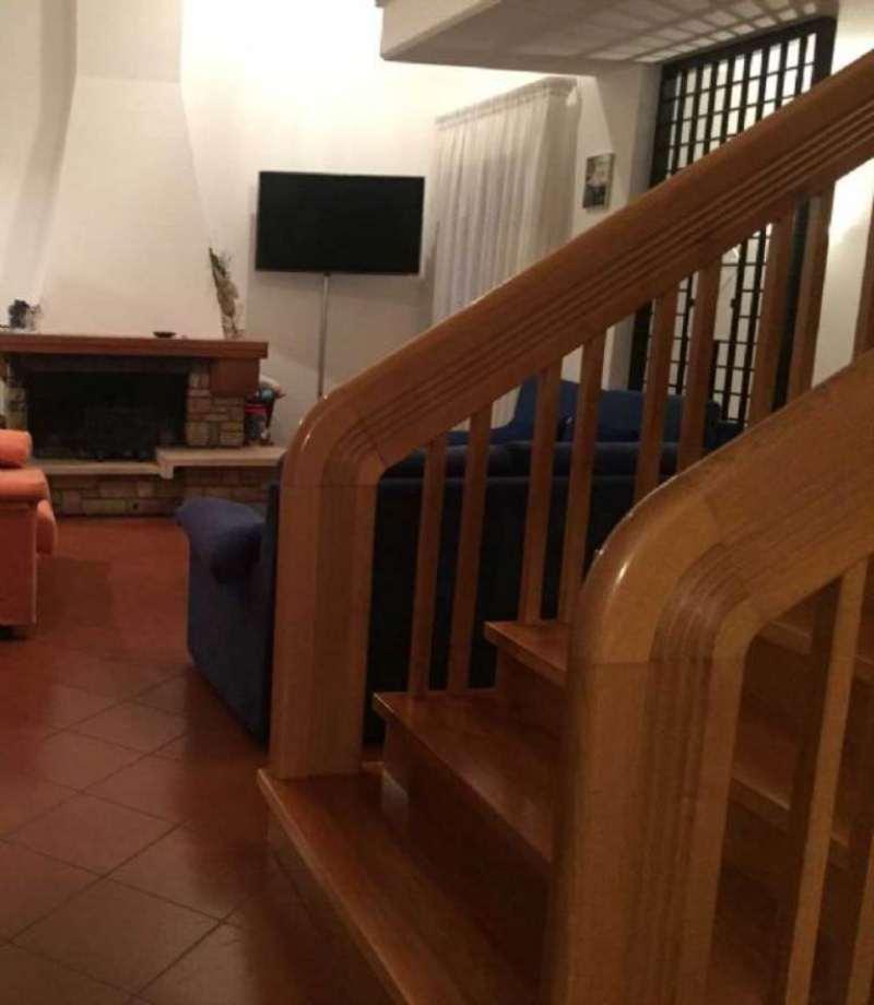 Villa in vendita a Vinci, 7 locali, prezzo € 580.000 | CambioCasa.it