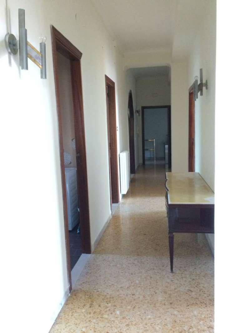 Napoli affitto 1600 euro zona 4 san lorenzo 04 12 2016 for Contratto affitto appartamento arredato
