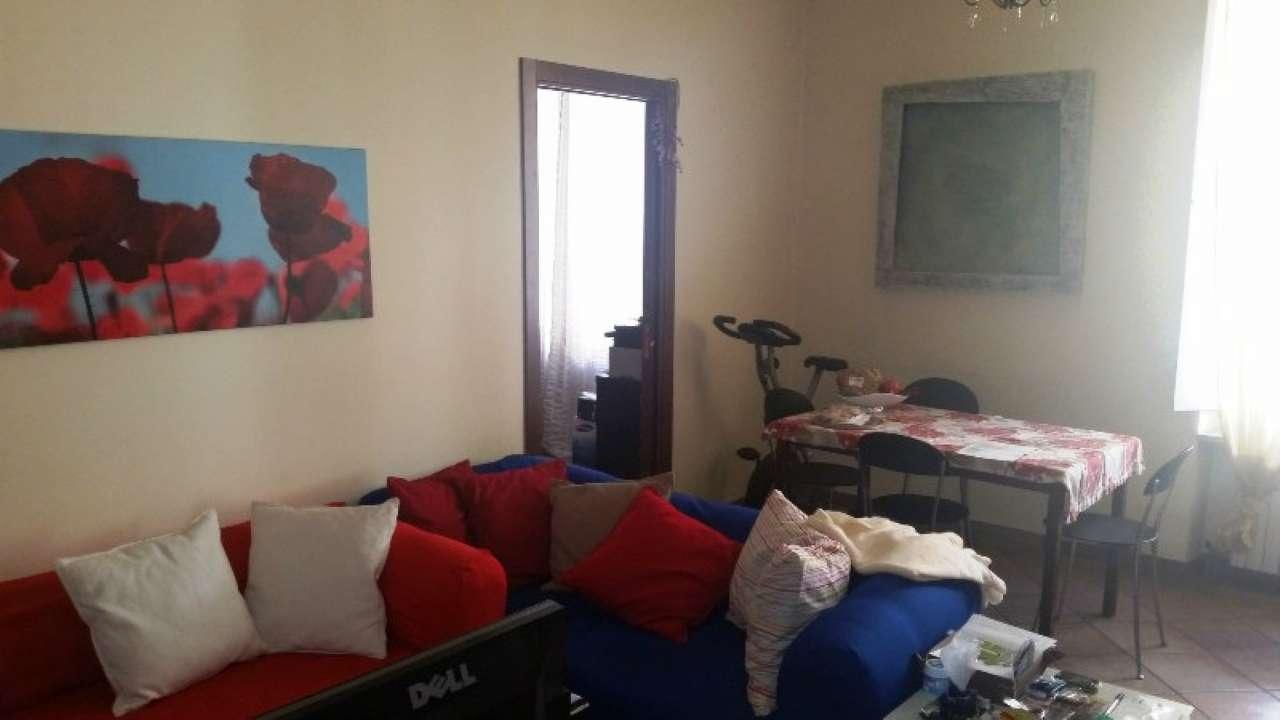 Foto 2 di Bilocale via LAGRANGE  13, Torino (zona Centro)
