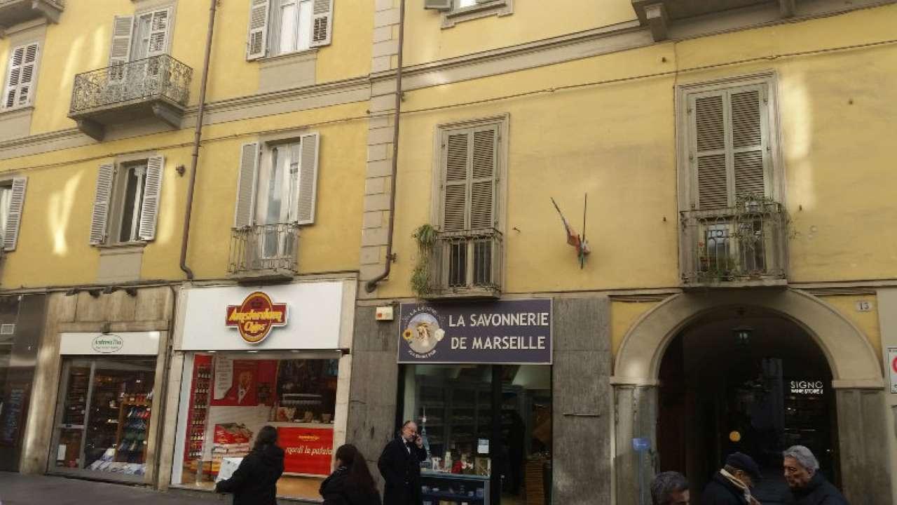 Foto 23 di Bilocale via LAGRANGE  13, Torino (zona Centro)