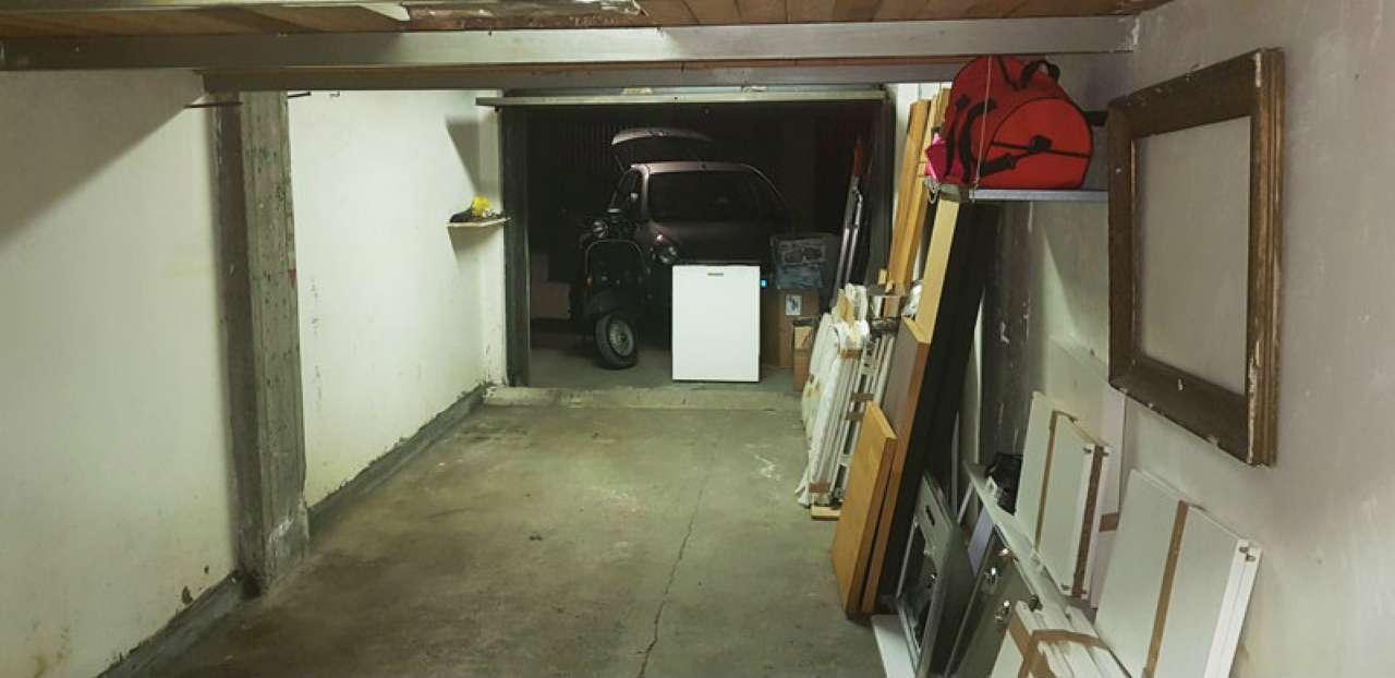 Foto 1 di Box via PHILADELPHIA 144, Torino (zona Santa Rita)