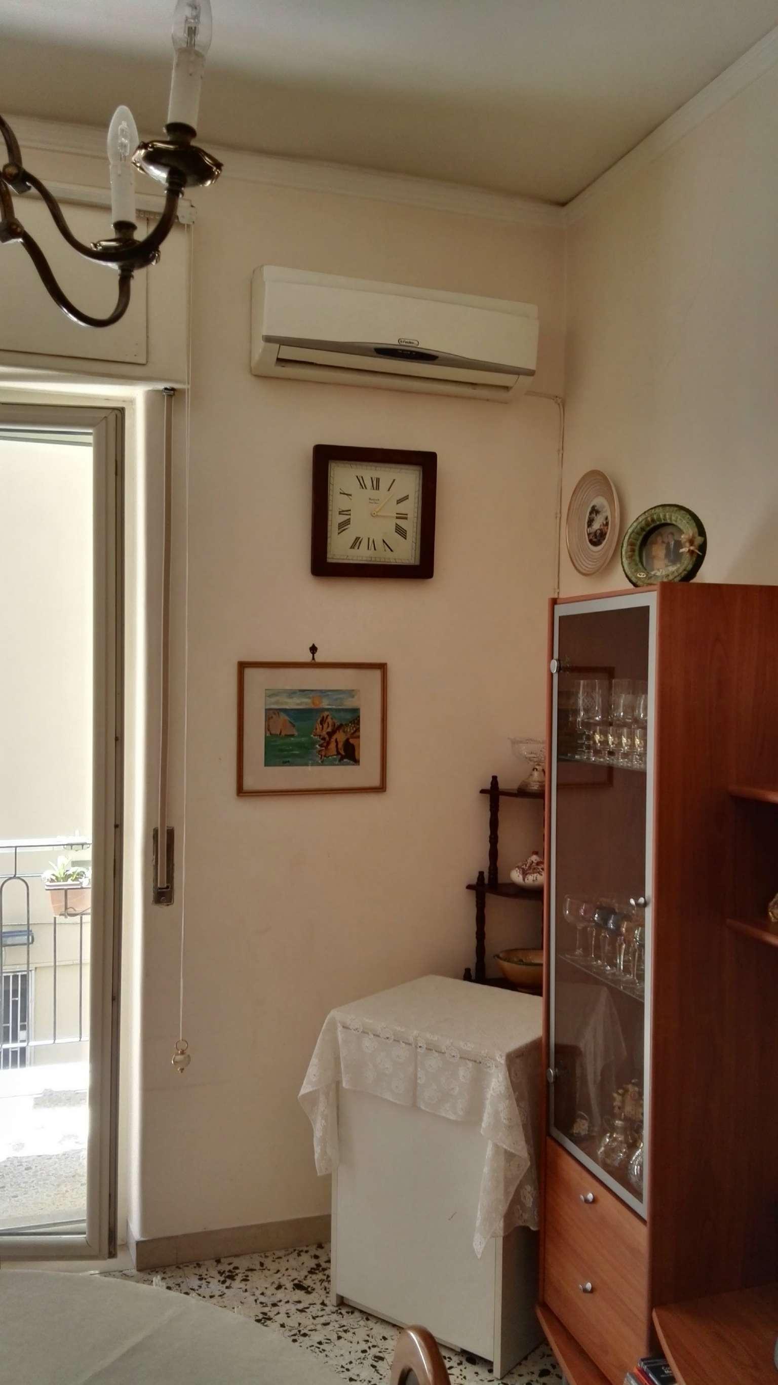Bilocale Napoli Via Rodolfo Falvo 6