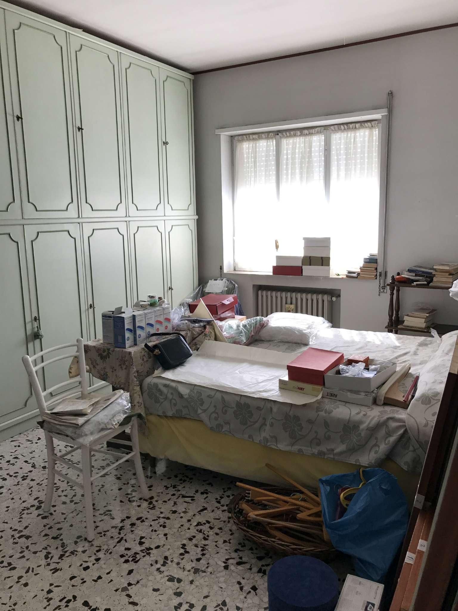 Bilocale Napoli Via Domenico Fontana 6