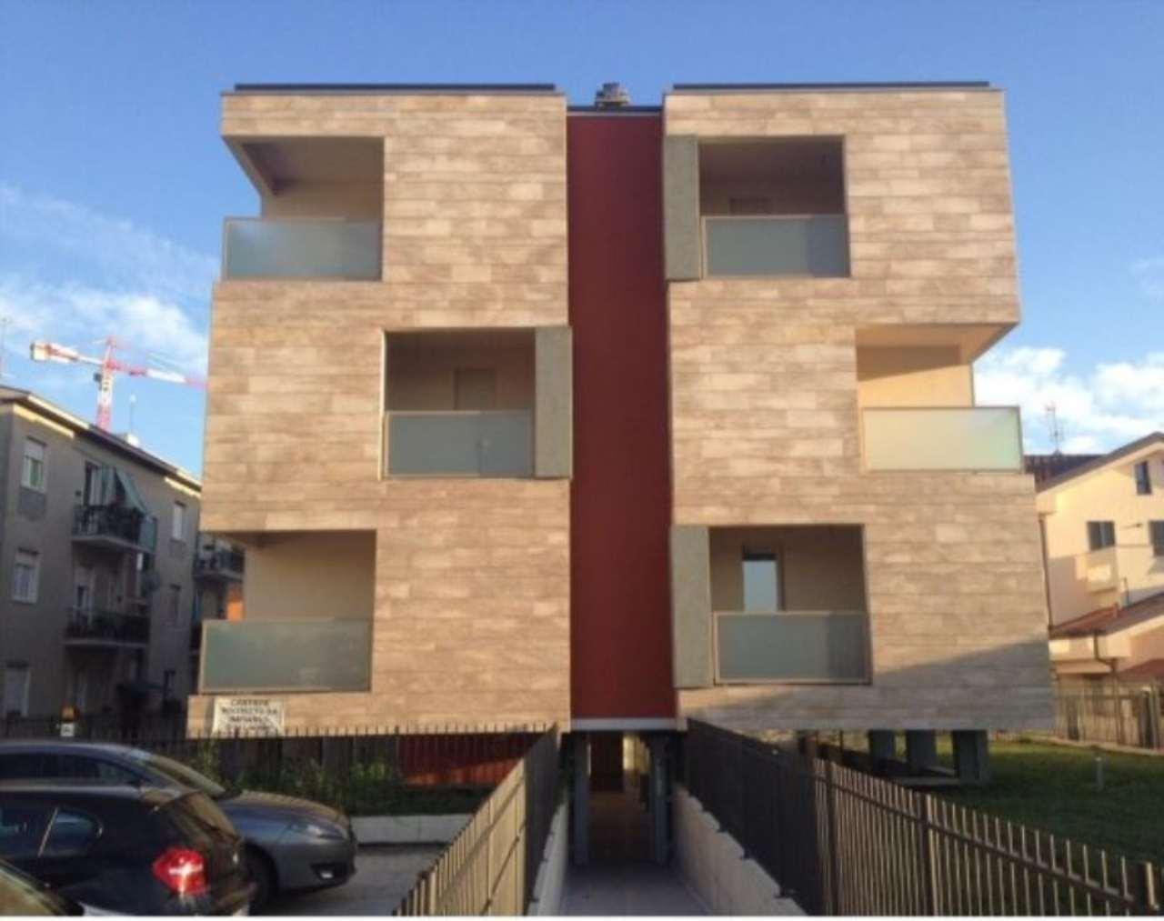 Appartamento in vendita a Monza, 1 locali, zona Zona: 7 . San Biagio, Cazzaniga, prezzo € 150.000 | Cambio Casa.it