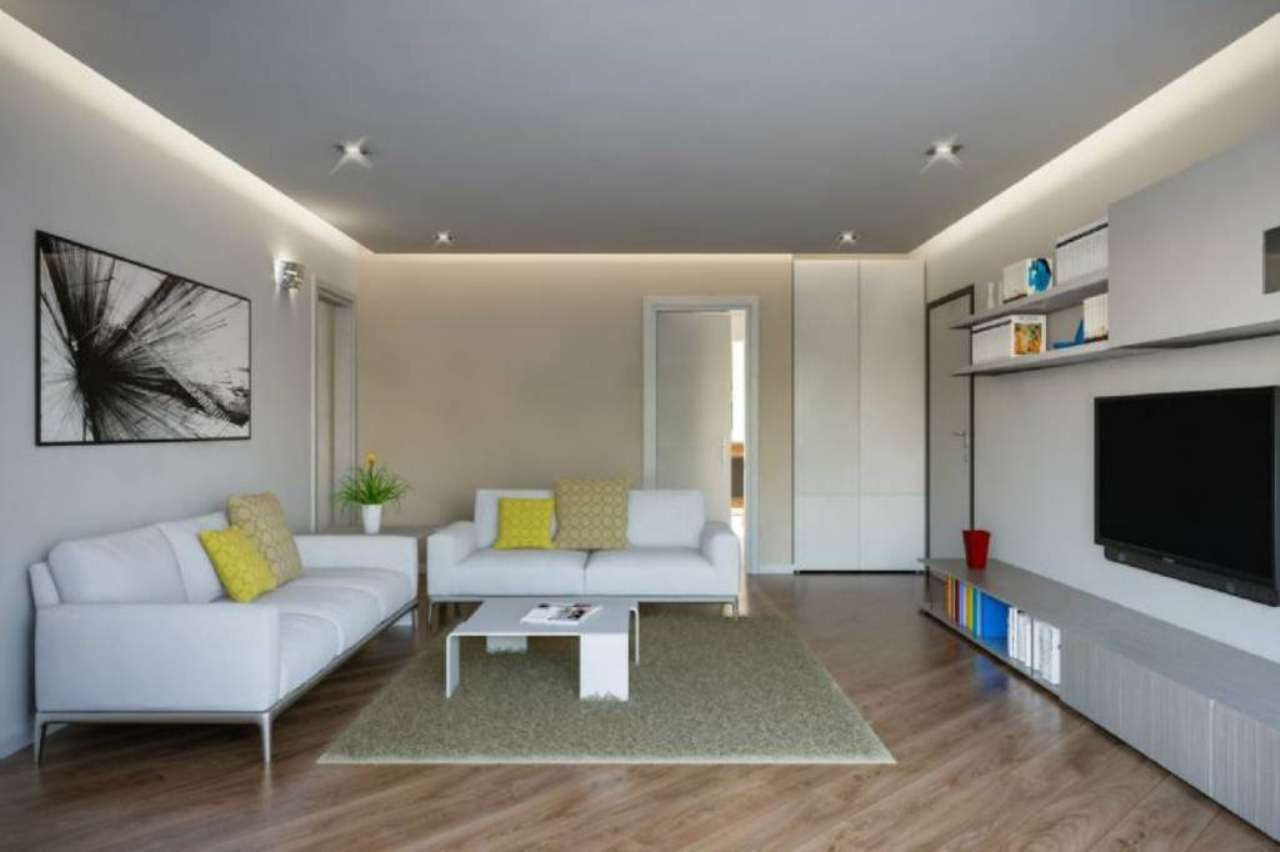 Appartamento in vendita a Biassono, 4 locali, prezzo € 415.000 | Cambio Casa.it
