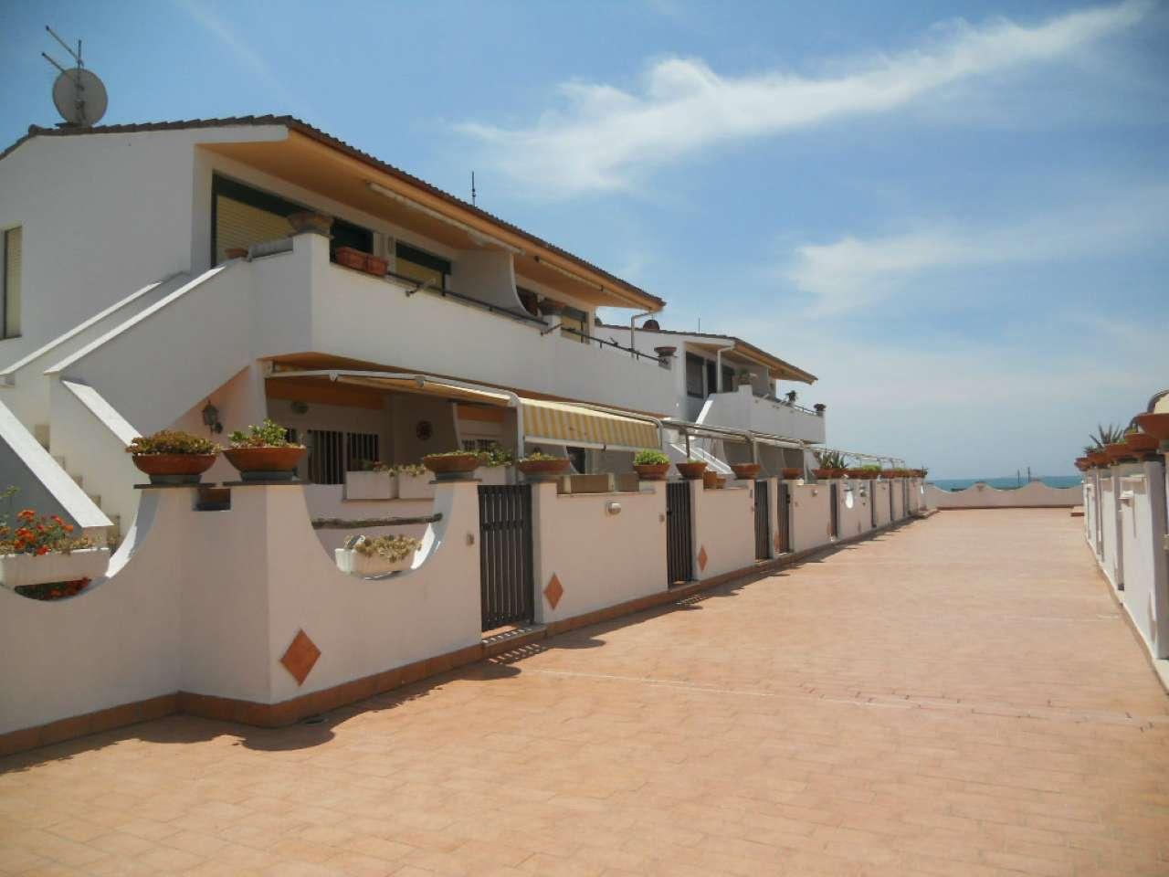 Appartamento in vendita a Ardea, 3 locali, prezzo € 110.000 | CambioCasa.it