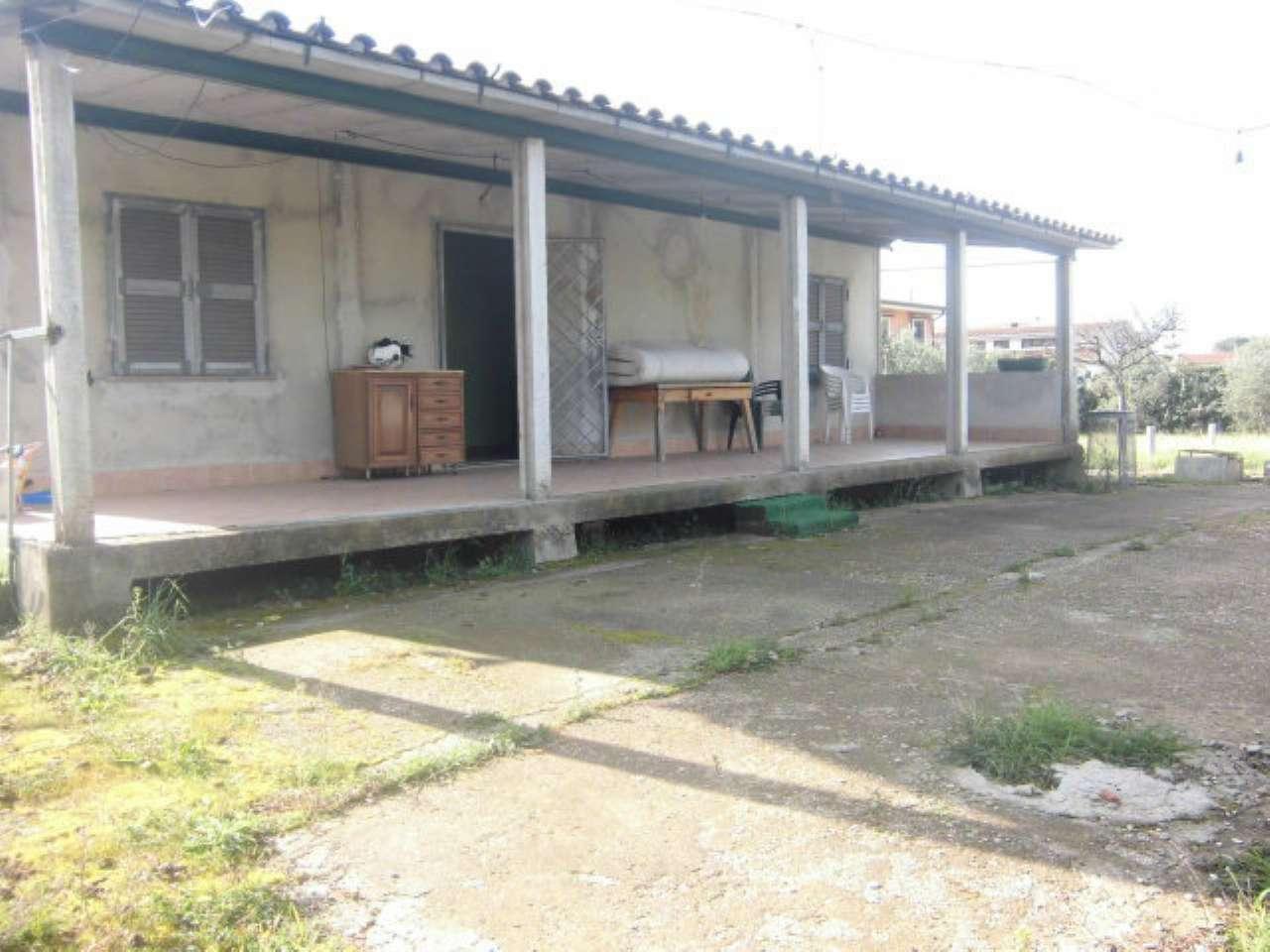 Villa in vendita a Ardea, 3 locali, prezzo € 115.000   CambioCasa.it
