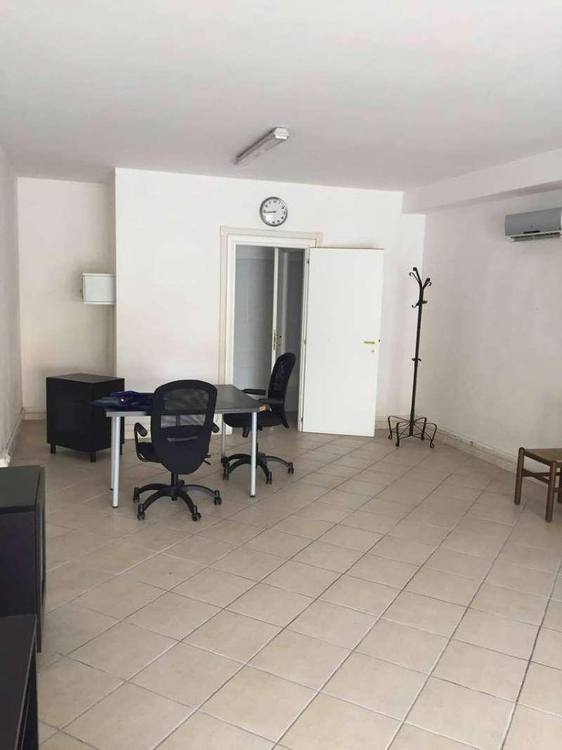 Negozio / Locale in vendita a Ardea, 1 locali, prezzo € 98.000 | CambioCasa.it