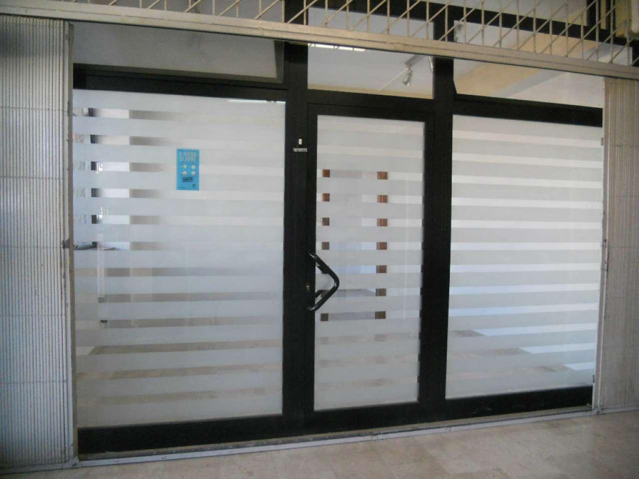 Negozio / Locale in affitto a Ardea, 1 locali, prezzo € 400 | Cambio Casa.it