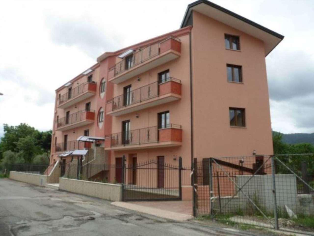 Appartamento in vendita a Airola, 4 locali, prezzo € 150.000 | CambioCasa.it